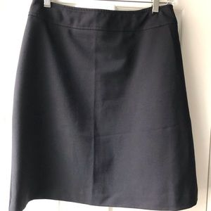 Black mini...versatile & comfortable